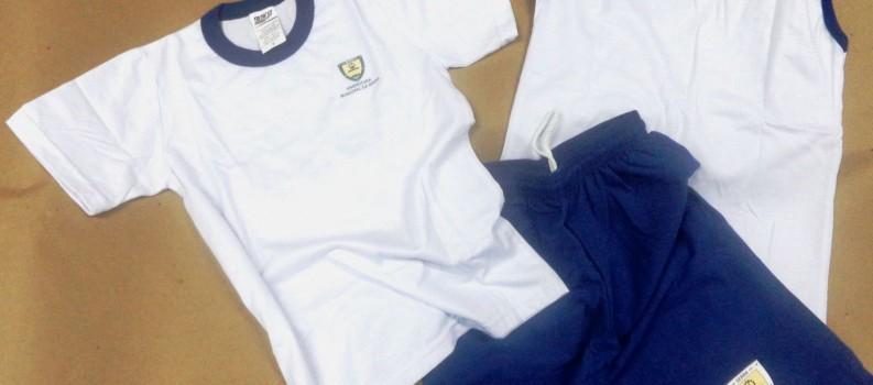 Entregues mais de 70 mil kits de uniformes escolares.